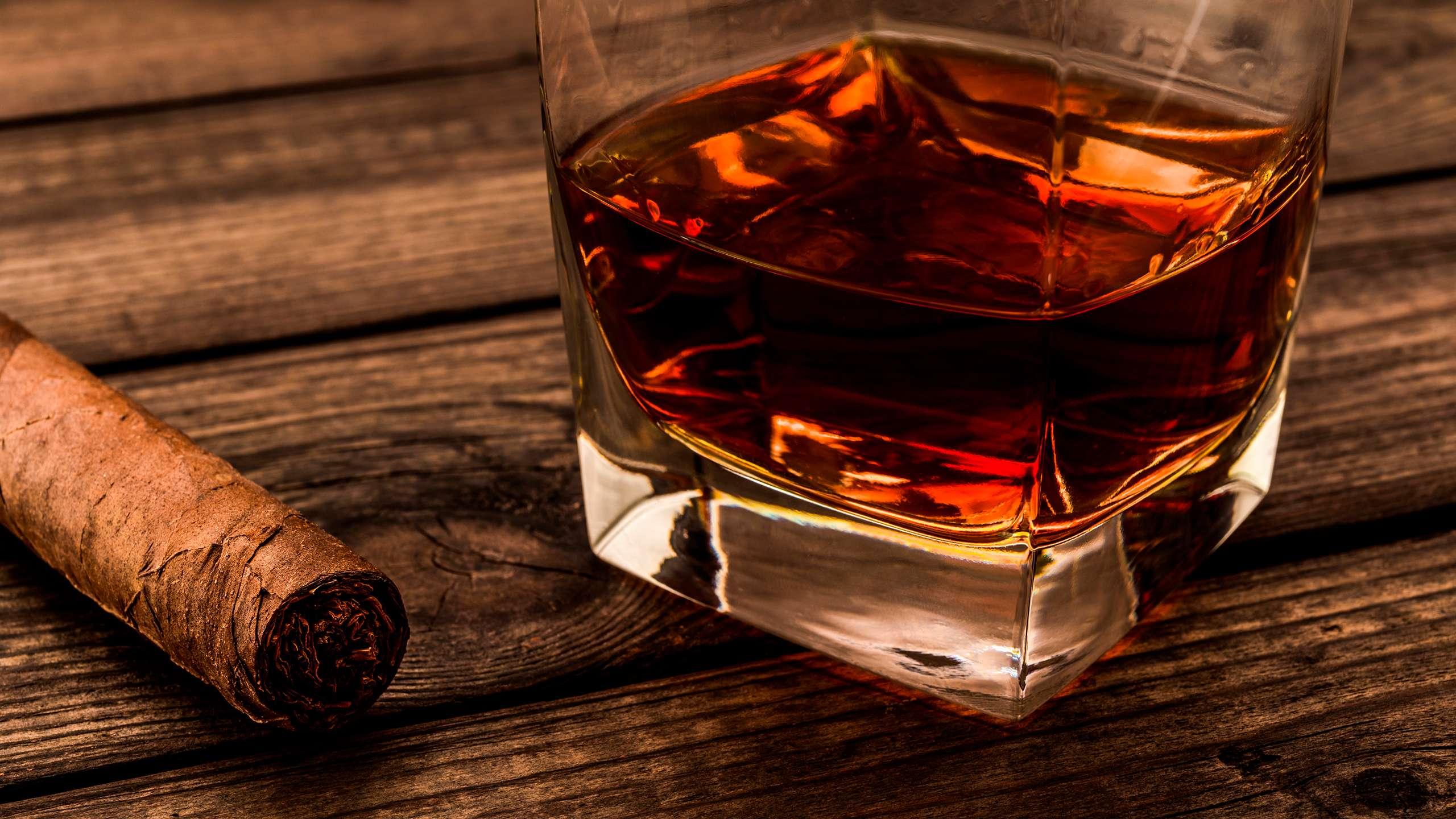 Cigars-and-Premium-Rum-Diplomatico