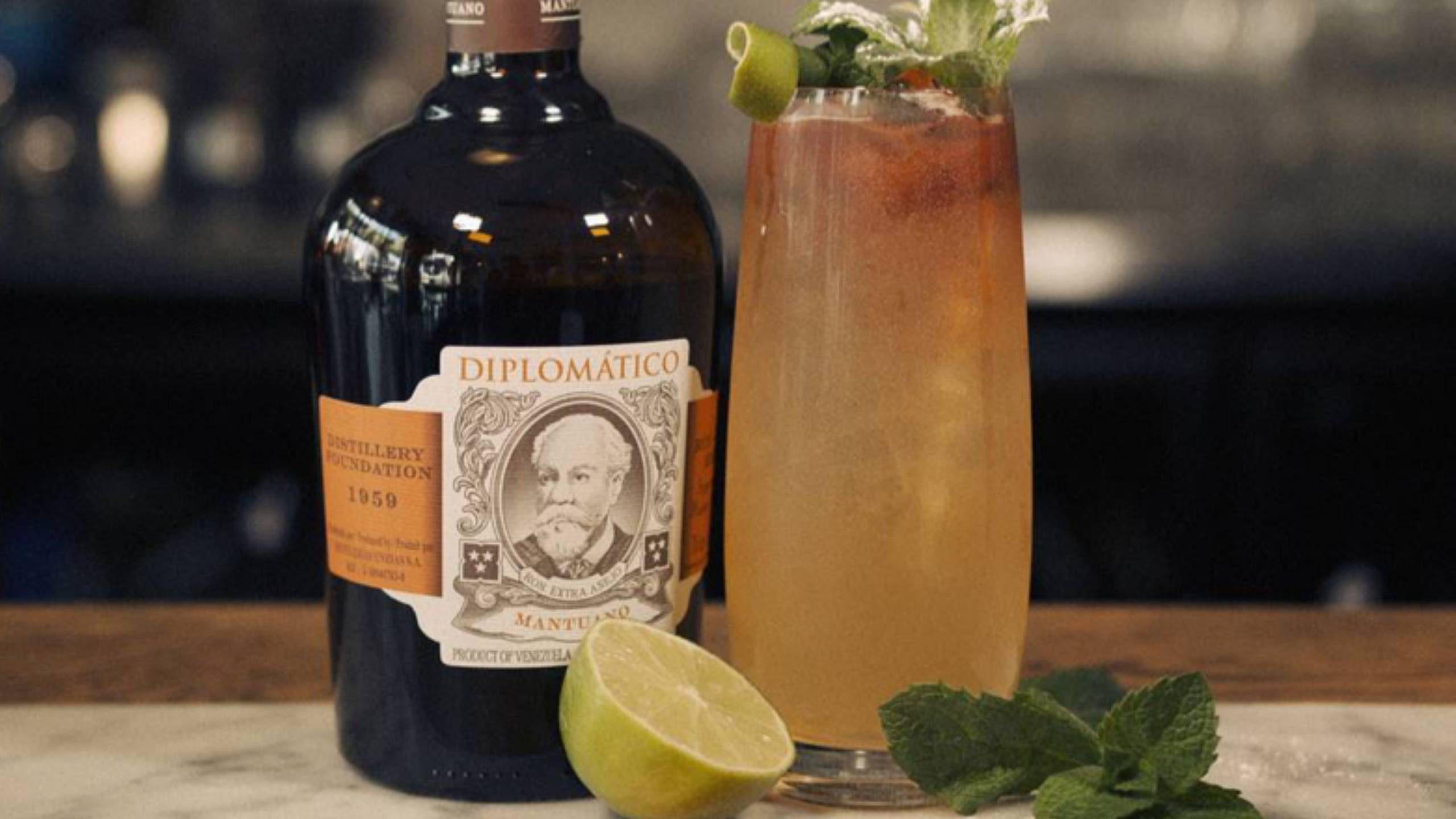 Dark-and-Stormy-Cocktail-Diplomatico